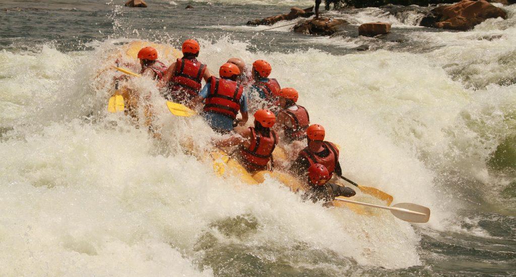 white-water-rafting-354505_1280 PIXABAY FREE